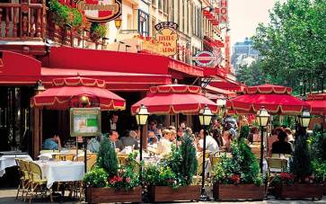 Paris-restaurant_2360820a